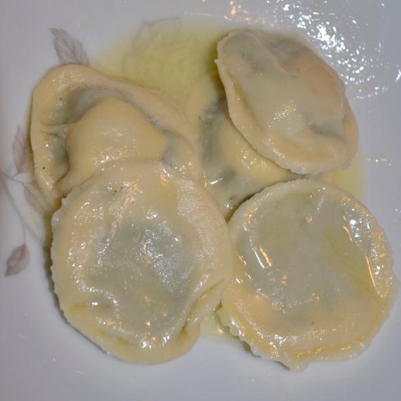Uova da Raviolo, served