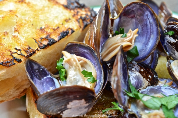 Grilled clams 2