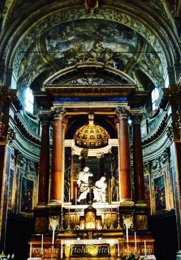 Altar of the Basilica di San Paolo Maggiore