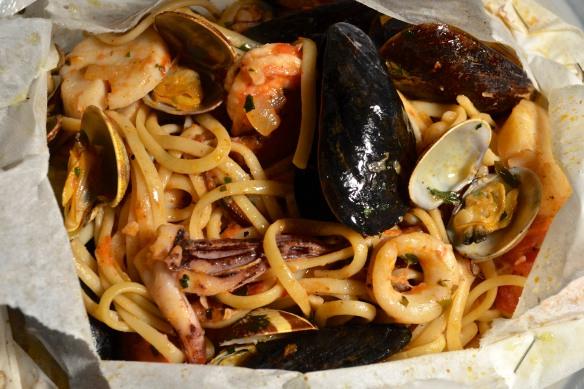 Linquine ai Frutti di Mare al Cartocci - Preview