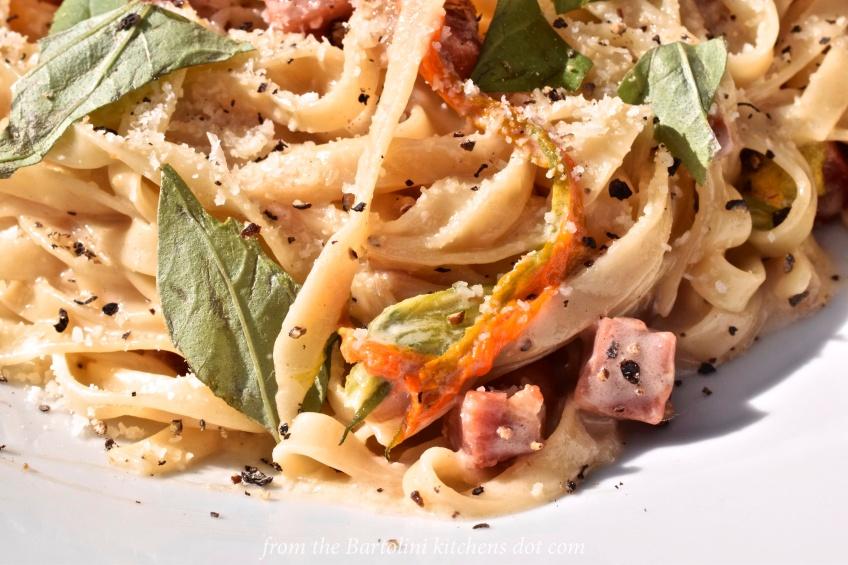 zucchini-blossoms-pasta-5